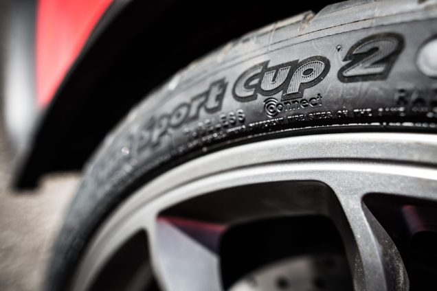 MICHELIN-Pilot-Sport-Cup2-Connect-pict2.jpg-scaled